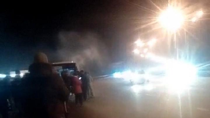 На трассе Уфа — Аэропорт сгорел автобус