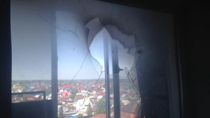 Фото балконного окна после происшествия