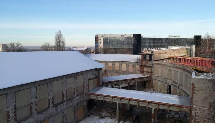 «Хранители» Фабрики-кухни просят Лапушкину запретить строительство высотки на стадионе «Волга»