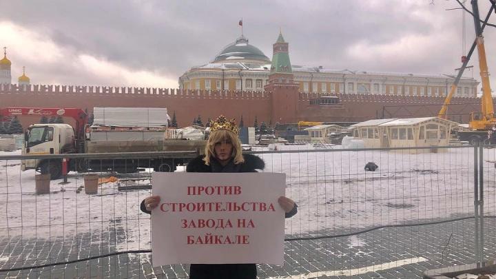Стилист Сергей Зверев сказал журналистам, что он против свалки в Шиесе