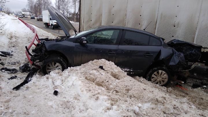 Детское автокресло не спасло: после ДТП в Рыбинске малыша увезли на скорой
