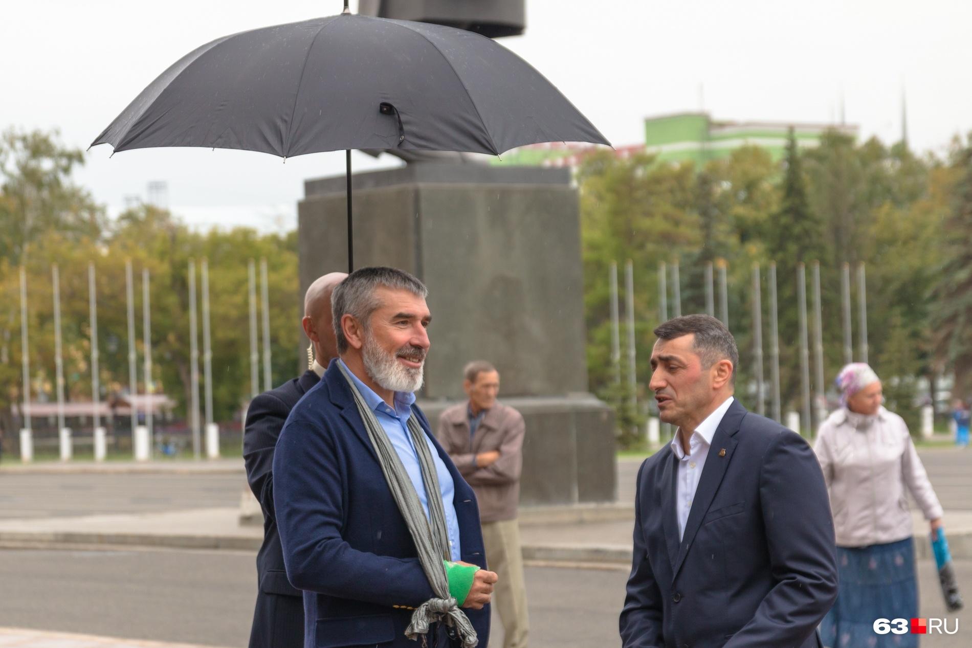 Владимир Аветисян дистанцировался от бизнеса