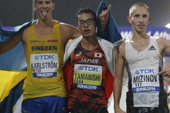 Василий Мизинов (справа) рассказал, что эта победа далась ему тяжело