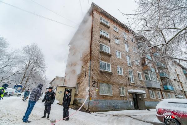 В списке домов УК «Профи-Дом» есть и этот — в котором в январе погибли пять человек