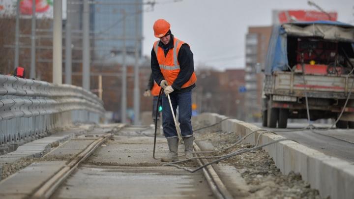 Макаровский мост закроют для испытаний трамвайной линии