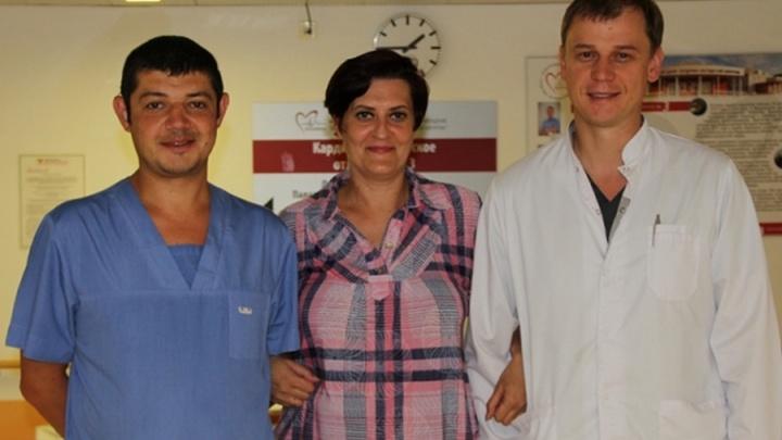 Красноярские врачи 12 часов оперировали сердце обреченной женщины и спасли ей жизнь