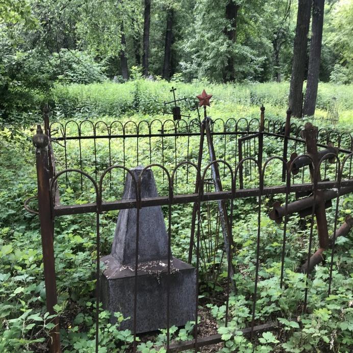 Последние захоронения на Текутьевском кладбище были сделаны в 60-е годы