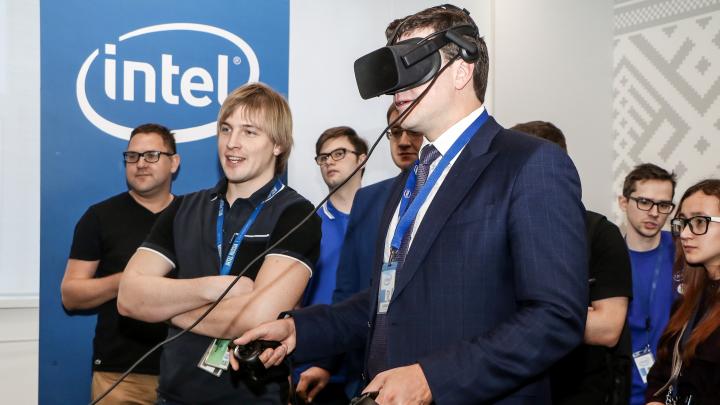 «Мы занимаемся развитием ИИ и интернета 5G»: гуляем по новому офису Intel в Нижнем Новгороде