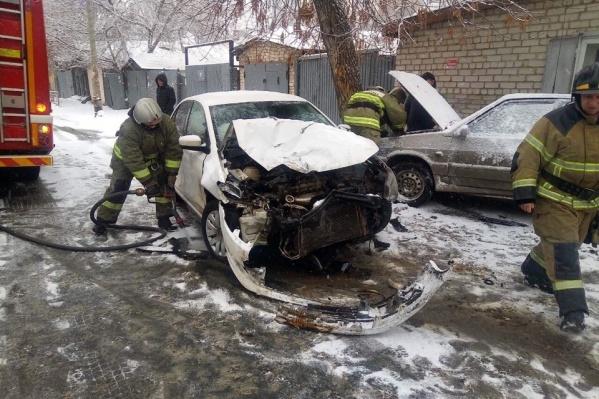 К месту аварии вызывали пожарных