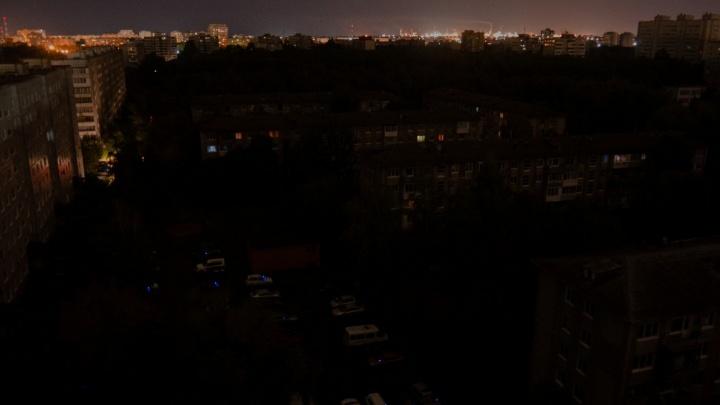 Причиной массового отключения света в Кировском округе назвали молнию