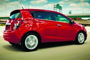 Автомобили Opel и Chevrolet можно приобрести с выгодой до 80 000 рублей