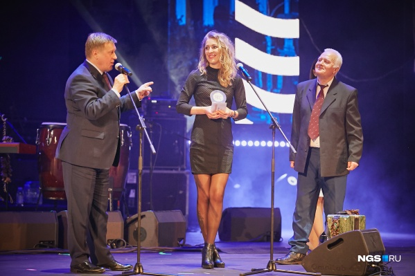 Вручение награды в номинации«Торгово-развлекательному центру года» на «Народной премии» 2018 года