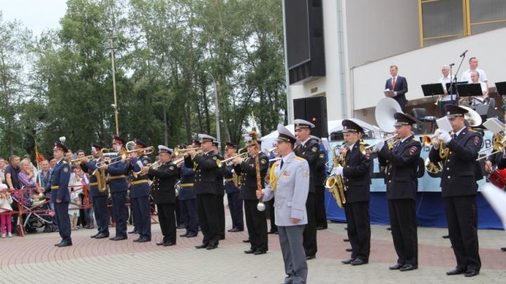 День кораблестроения Архангельск встретит конкурсом резных скульптур и концертом военных музыкантов