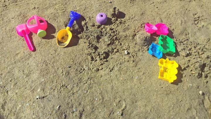 Отдыхал с дедушкой: на «путинском» пляже в Челябинске утонул ребёнок