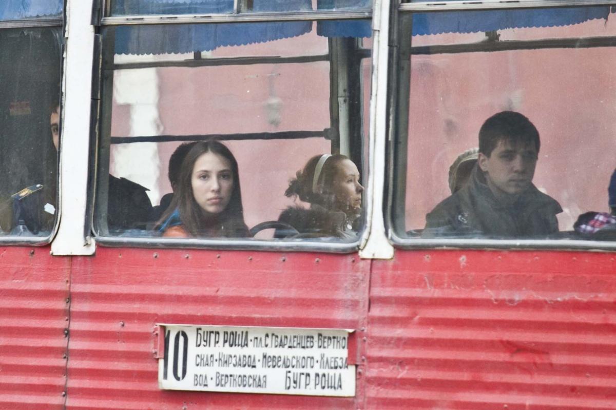 Из-за ДТП на путях движение трамваев по улице Мира оказалось заблокированным