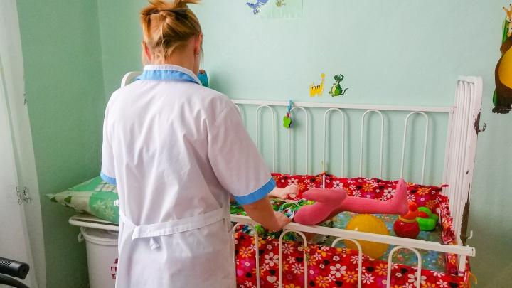 Помогут вещами и консультациями. В Прикамье заработает мобильная служба сохранения детей в семьях