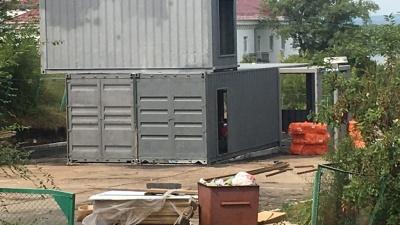 Владелец незаконной постройки на Маяковском спуске отказался её демонтировать