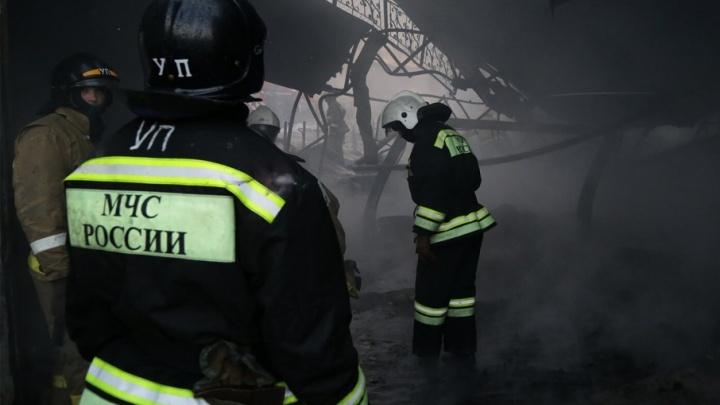 На трассе в Башкирии сгорели два автовоза