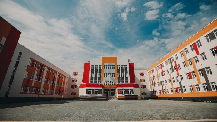 Схему движения маршрута № 89 меняют из-за открытия новой школы в Ямальском-2. Публикуем карту