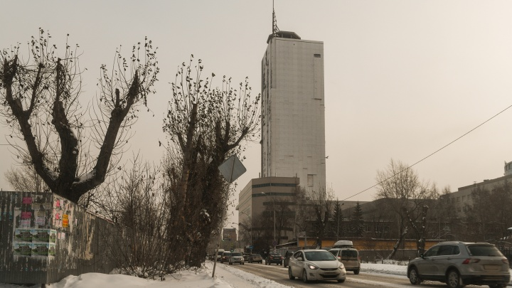 Где взять столько денег? Проект сноса недостроенного небоскреба у вокзала оценили в 11 миллионов