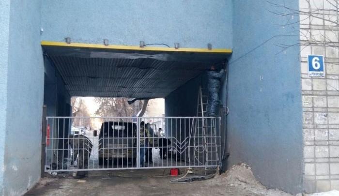 Открой калитку: ГИБДД объявила незаконным перекрытие улицы в тихом центре