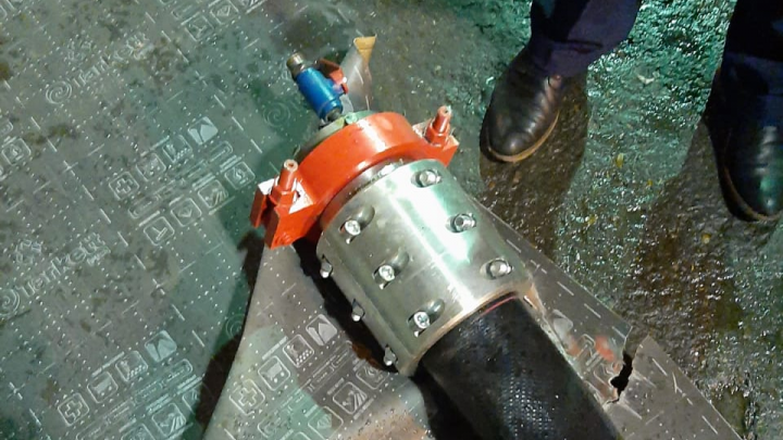 На нефтепромышленном заводе в Стерлитамаке разорвался трубопровод и убил рабочего