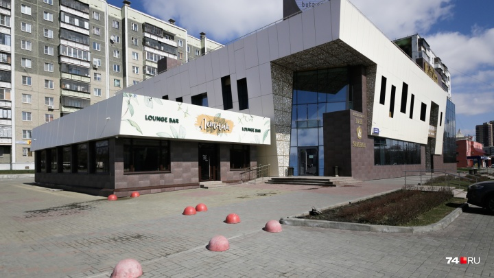 «Для нас тоже неожиданно»: в Челябинске закрылся популярный восточный ресторан