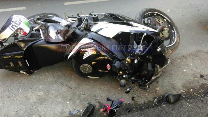 В Уфе мотоцикл протаранил «Газель»