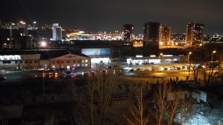 Пешеход погиб во тьме на переходе Свердловской. Его сбила «Мазда» и тут же переехала «Лада»