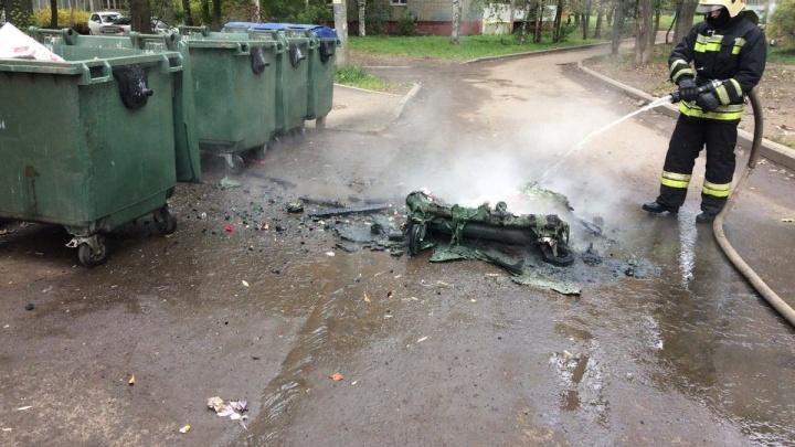 Ущерб на миллионы, кто оплачивать будет? В Ярославле массово поджигают мусорные баки