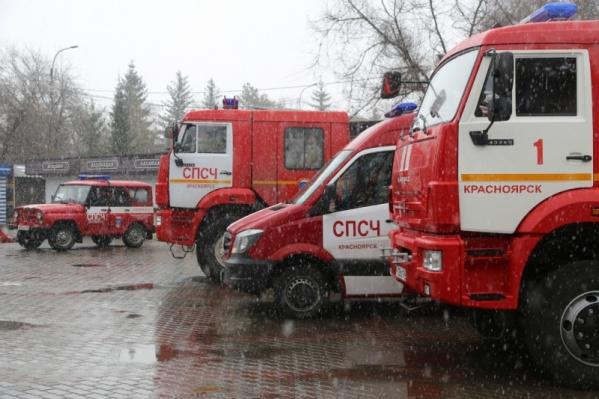 Трудности спасательной операции в том, что все дороги к месту ЧП размыты