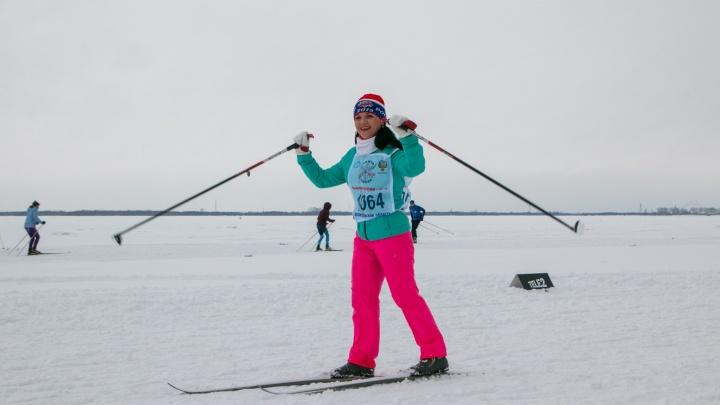 На старте — северянки: смотрим напрекрасных участниц «Лыжни России — 2019» в Архангельске