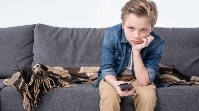 Каникулы без телевизора: как вдохновить ребенка на внешкольные подвиги без гаджетов