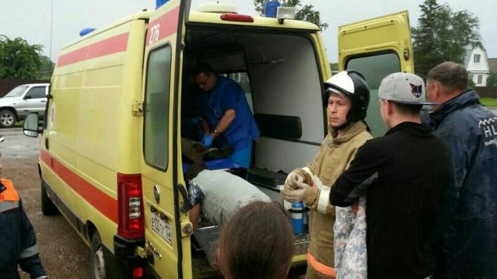 Под обломками рухнувшей кровли под Уфой оказался 62-летний мужчина