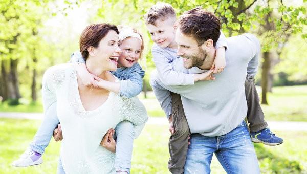 День семьи, любви и верности - время позаботиться о здоровье в семье