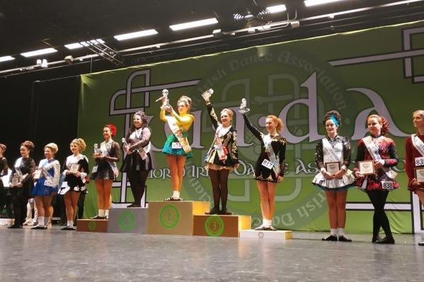 Все танцовщицы заняли места в разных возрастных категориях