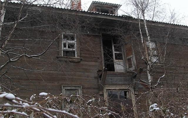 В Шадринске устанавливают причины гибели мужчины при разборе частного дома