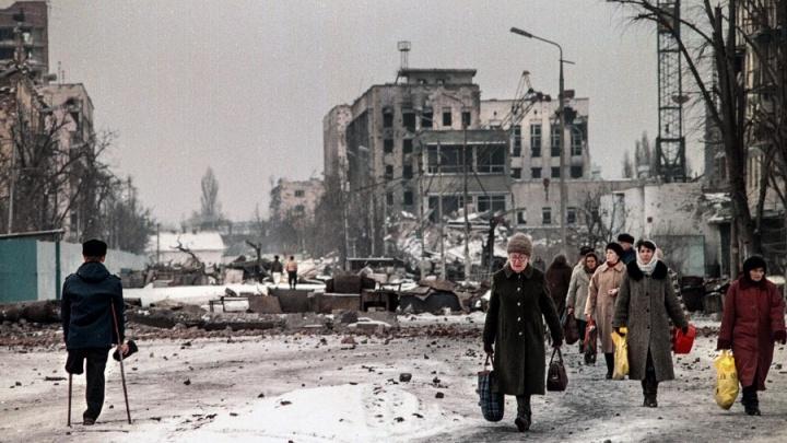 «Погибли тысячи человек»: в Екатеринбурге откроется выставка о первой чеченской войне