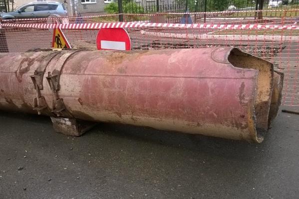 Опять город подвёл канализационный коллектор