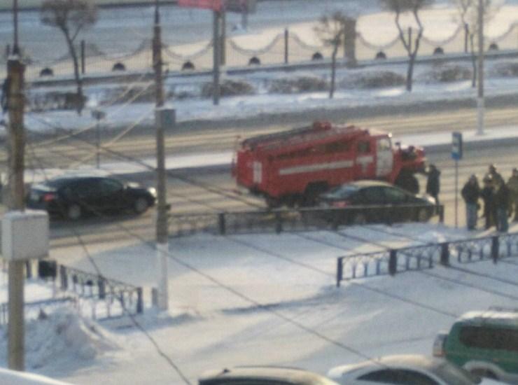 Этот снимок очевидцы выложили в соцсети, пояснив, что снято утром 1 января у ТЦ «Континент»