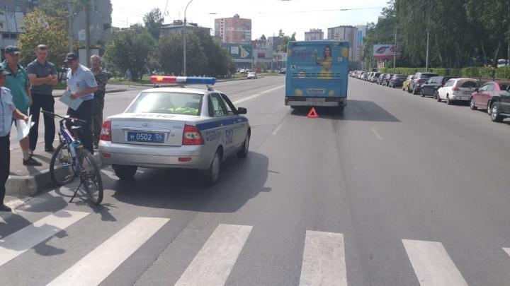 Автобус сбил подростка на переходе у «Берёзовой рощи»