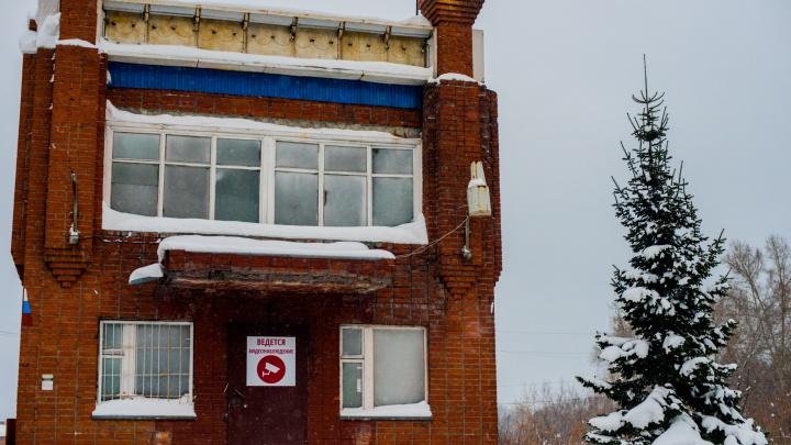 Пост сдали: здания ГИБДД закрыли и продали — в них обосновались СТО, кафе и бездомные