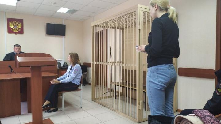 Лидеры «Альянса врачей» доставлены в суд: заседание стартовало с задержкой