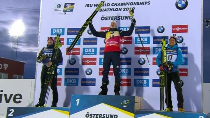 Тюменский биатлонист Александр Логинов взял серебро в спринтерской гонке в Швеции