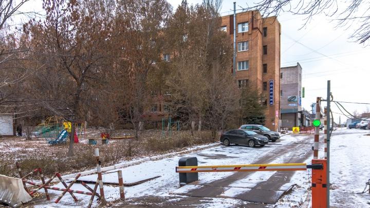 Одного из помощников прокурора Октябрьского района подозревают во взятке