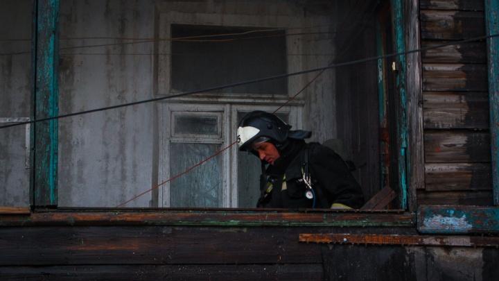 Сгорел дом, сараи и летние кухни: на Дону произошел серьезный пожар