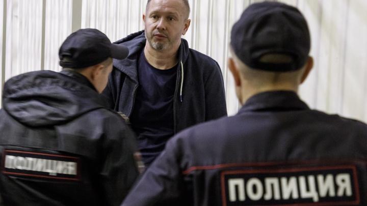 «Закрыли глаза на закон»: волгоградского экс-депутата Алексея Зверева оставили в СИЗО