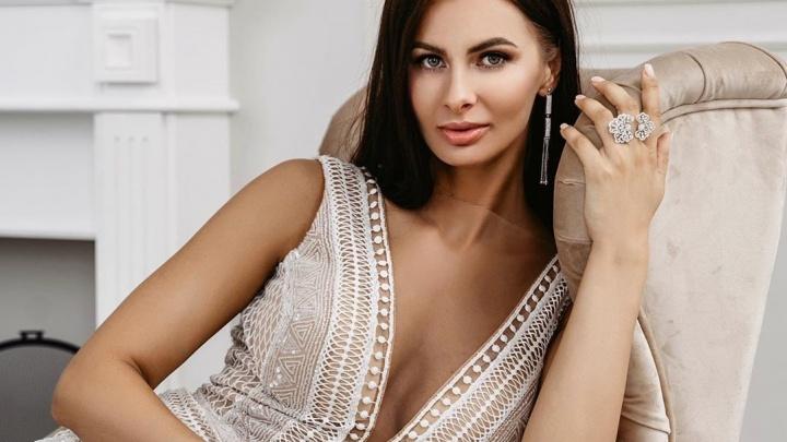 Омская красотка попала в финал конкурса «Мисс Офис»