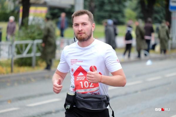Несмотря на прохладную погоду, большинству участников очень понравился марафон