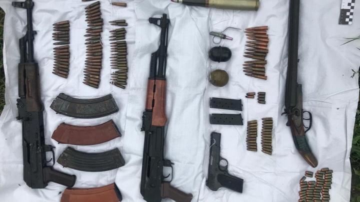 В Самарской области ищут владельцев схрона с оружием, который нашли в Сызрани